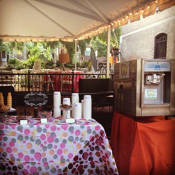 Dandy Soft Serve St Louis Ice Cream Machine Rental At Its Dandiest